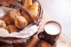 Ainda vida com pastelarias frescas Fotos de Stock