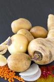 Ainda vida com pastinaga e batatas Foto de Stock