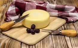 Ainda vida com queijo Imagens de Stock Royalty Free