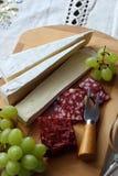 Ainda vida com queijo macio Fotos de Stock