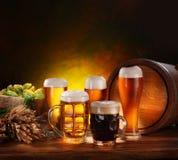 Ainda vida com um barril da cerveja Fotos de Stock Royalty Free