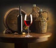 Ainda vida com vinho vermelho Fotos de Stock
