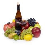 Ainda-vida da vários fruta e vinho Foto de Stock