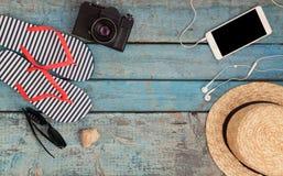 Ainda vida de artigos diferentes para relaxar na praia, borracha Fotos de Stock