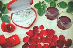 Ainda vida de vidros de vinho Fotografia de Stock Royalty Free