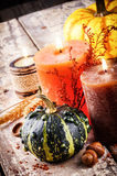 Ainda-vida do outono com abóboras e velas Fotografia de Stock