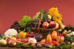Ainda-vida do vegetal e do alimento das frutas Foto de Stock Royalty Free
