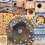 Ainda vida dos objetos de madeira e mecânicos Fotografia de Stock