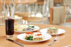 Ainda-vida dos pratos Imagens de Stock