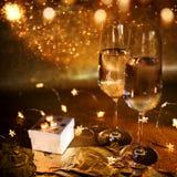 Ainda vida festiva com champanhe Fotografia de Stock Royalty Free
