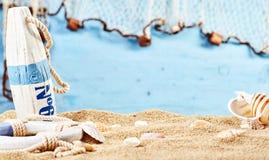 Ainda vida náutica na areia da praia Imagem de Stock Royalty Free