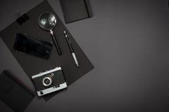 Ainda vida, negócio, materiais de escritório ou conceito da educação lido Foto de Stock Royalty Free