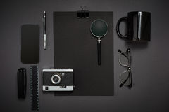 Ainda vida, negócio, materiais de escritório ou conceito da educação lido Fotografia de Stock