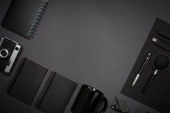 Ainda vida, negócio, materiais de escritório ou conceito da educação lido Imagem de Stock