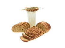 Ainda vida. pão e leite. Fotos de Stock
