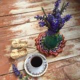 Ainda vida rústica com copo de café Imagens de Stock
