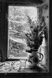 Ainda vida rústica com o ramalhete de flores secadas Fotografia de Stock Royalty Free
