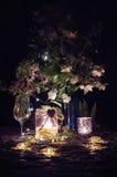 Ainda vida romântica com luz de vela Imagem de Stock