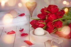 Ainda vida romântica para um tratamento do bem-estar Fotografia de Stock Royalty Free