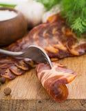 Ainda vida simples áspera com bacon Fotos de Stock