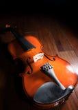 Ainda violino de madeira da vida Fotografia de Stock