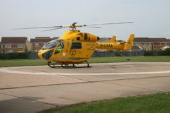 Air Ambulance helicopter ob hospital landing pad Royalty Free Stock Photography