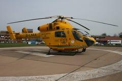 Air Ambulance helicopter ob hospital landing pad Stock Photo