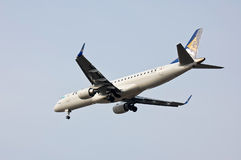 Air Astana Embraer ERJ-190 Royalty Free Stock Photography