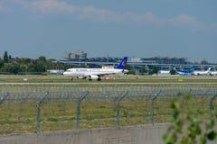 Air Astanf de société aéronautique dans l'aéroport international de Boryspil Image stock