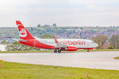 Air Berlin Boeing 737 à la piste avant décollage Photographie stock