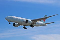 Air Canada Boeing 777-200LR Worldliner On Approach. An Air Canada Boeing 777-200LR Worldliner photographed on final approach to Toronto Pearson International royalty free stock images