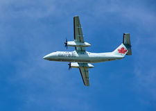 Air Canada C-FGQK lądowania Ekspresowy samolot Obraz Royalty Free