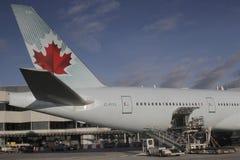 Air Canada flygplan på den Frankfurt flygplatsen Arkivbilder
