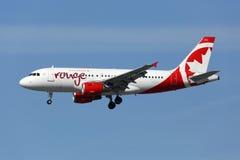 Air Canada Różuje Aerobus A319 samolot Zdjęcia Royalty Free