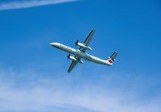 Air Canada Wyrażam bierze daleko samolot Zdjęcia Royalty Free