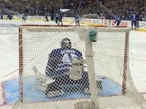 Air- Canadamitte Toronto Maple Leafs-Spiel goalie Stockfotos