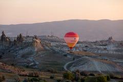 Air chaud Baloon au-dessus de Cappadocia Photographie stock libre de droits