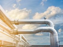 Free Air Chiller Pipeline And HVAC System Of Department Store, Overhead Building Structure Of Air Conditioning Chiller Pipe And Outlet Royalty Free Stock Photography - 158041287