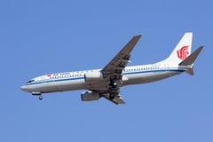 Air China B-2673 Boeing 737-800 que aterram, Pequim, China Fotos de Stock Royalty Free