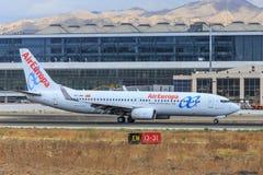 Air Europa sprutar ut att åka taxi på Malaga royaltyfri foto