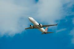Air Fiji Boeing 737-800 im Flug Lizenzfreie Stockfotos