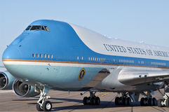 Air Force One на гудронированном шоссе Стоковое Изображение RF