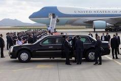 Air Force One débarque à l'aéroport international d'Athènes Photographie stock