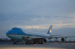 Air Force One på JFK-flygplatsen NYC Royaltyfria Foton