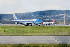 Air Force One an ZRH lizenzfreies stockfoto