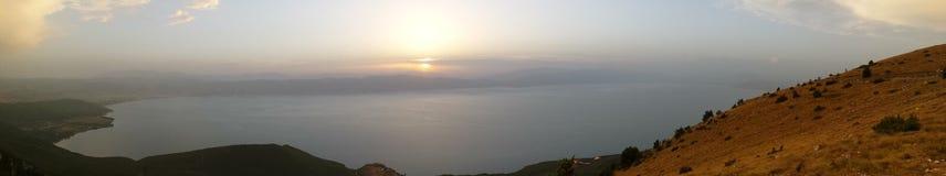 air frais de nature de lac de montagne de lever de soleil Image libre de droits