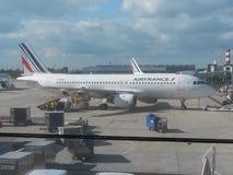 Air France Airbus A320 estacionado em Paris Imagem de Stock