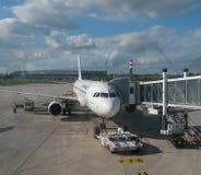 Air France Airbus A320 pronto para embarcar em Paris Imagem de Stock