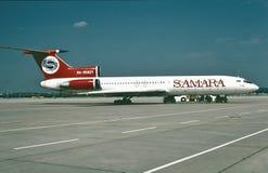 Air Lingus Boeing B-737 som tar av från Dublin Ireland i 2000 Royaltyfri Bild
