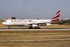 Air Mauritius A330, das für Wartung ankommt Stockbild